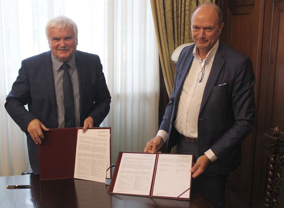 Politechnika Wrocławska iVolvo Polska: stabilna idługofalowa współpraca
