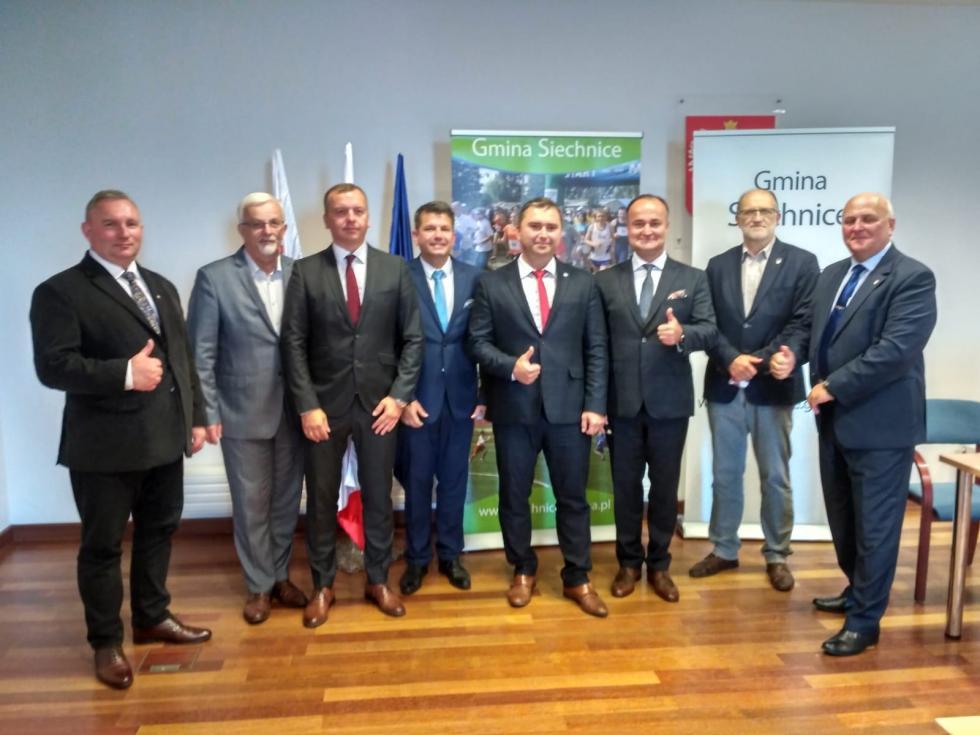 Komunikacja zbiorowa - gmina Siechnice intensyfikuje współpracę zsąsiadami
